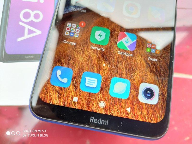 Desain Xiaomi Redmi 8A