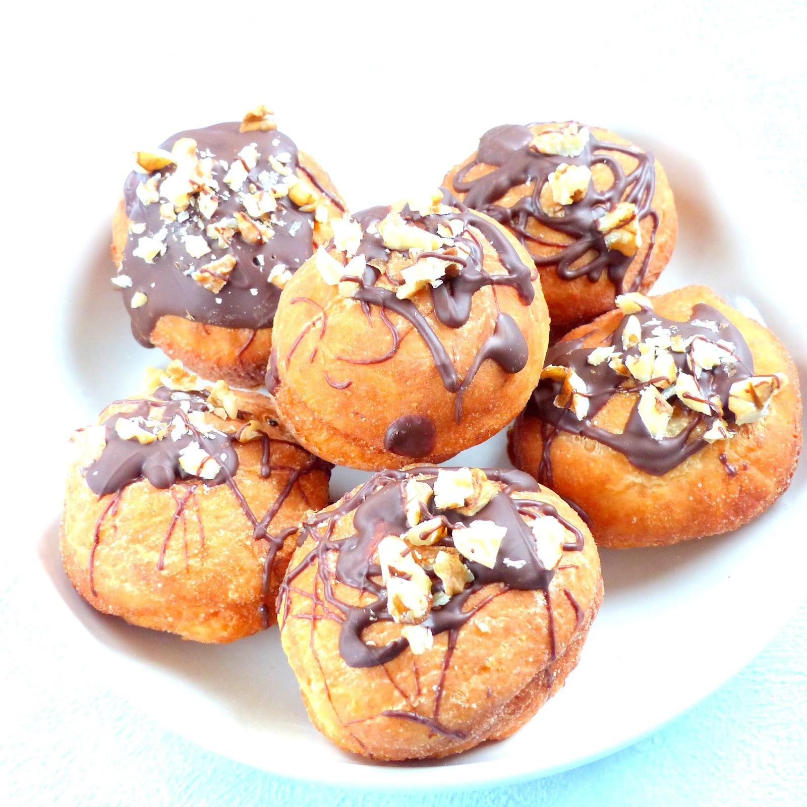 pączki polane czekoladą
