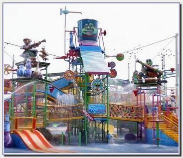 Go Wet Waterpark Grand Wisata Bekasi
