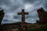 Old cross Kansas - Photo by Bobbie Wallace on Unsplash