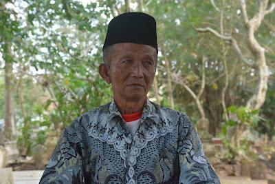 Telusur Sejarah Makam Mbah Kawak