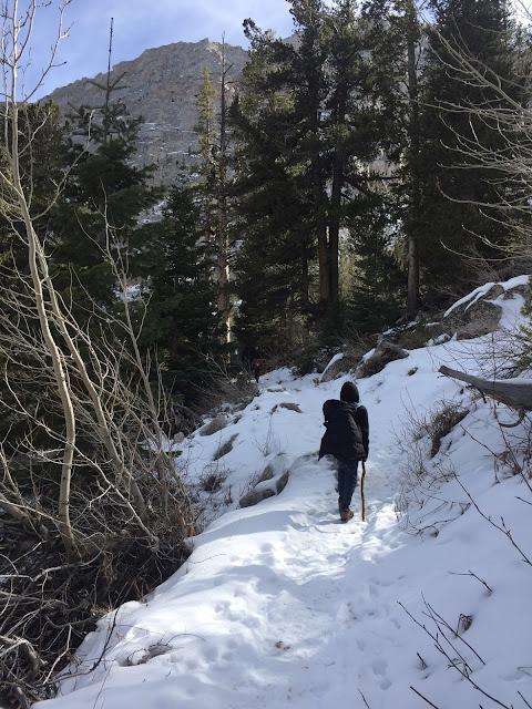 Ziggy-Jo-Hiking-Snow-Winter-Mount-Whitney-Trail-California