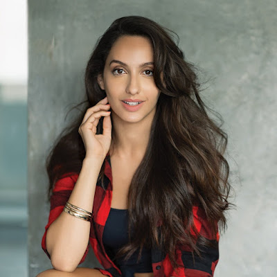 26 year old nora fatehi age hot pics