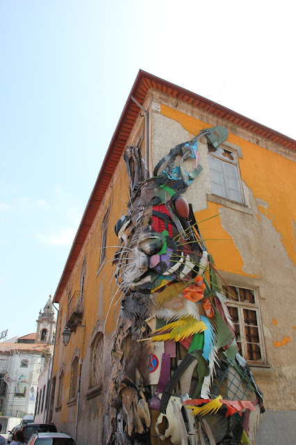 bunny rabbit street art porto