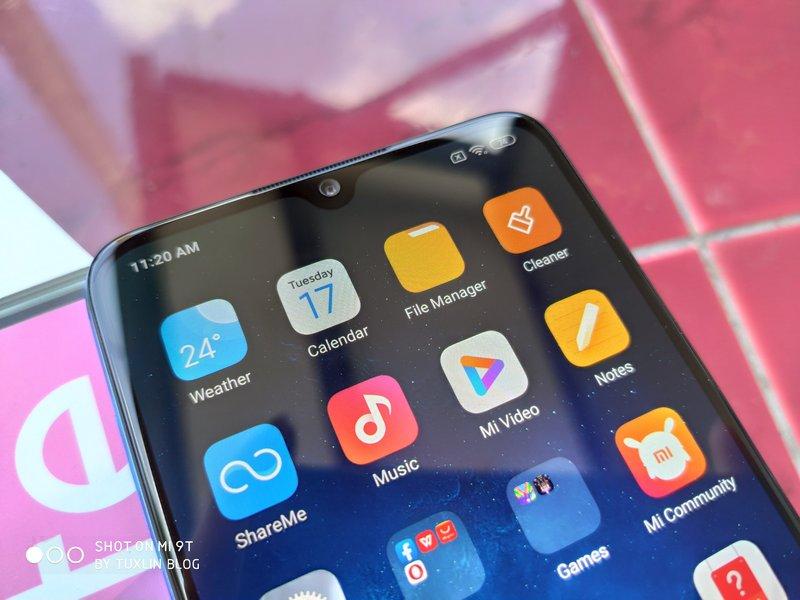 Desain Xiaomi Mi 9 Lite