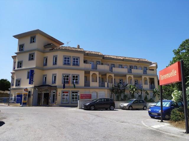 El Tribunal Supremo da la razón a los vecinos de Torremuelle y tumba el plan del Ayuntamiento de Benalmádena de mantener en pie el hotel Vista de Rey