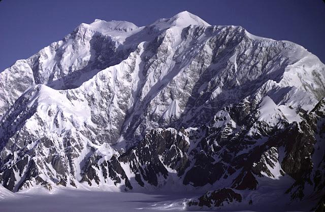 montaña logan