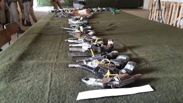 6°Região Militar realiza pré-destruição de armas de fogo , em Alagoinhas