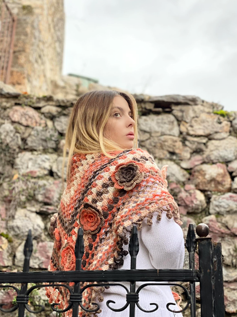 Cottage Granny Shawl – pattern release