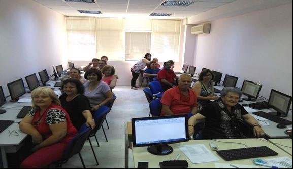 Μαθήματα εξοικείωσης με τις νέες τεχνολογίες για ηλικιωμένους από τον Δήμο Λαρισαίων