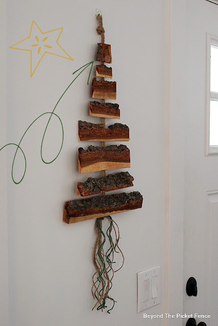 Use Wood Scraps to Make a Wood Wall Hanging