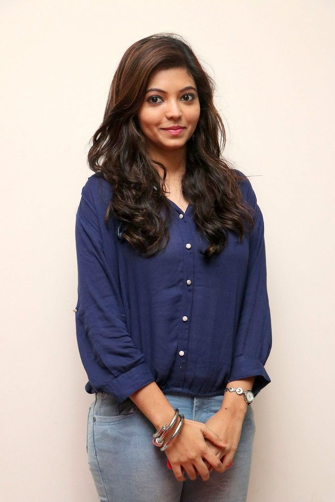 Beautiful Tamil Girl Athulya Long Hair Stills In Blue Shirt Jeans