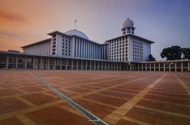 Masjid Istiqlal Tiadakan Shalat Tarawih-IGyofieart