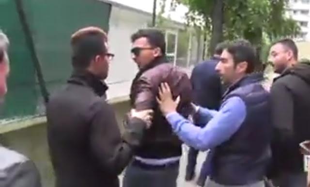 """بالفيديو ايطاليون يطردون سالڤيني من مدينتهم و يردونه على وجهه وهم ينادونه عنصري و """"فالسو"""""""