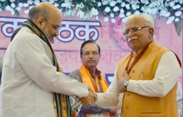 BJP को मजबूत कर जाएंगे शाह, कांग्रेस की गुटबाजी नहीं ख़त्म करवा पा रहे हैं राहुल गांधी