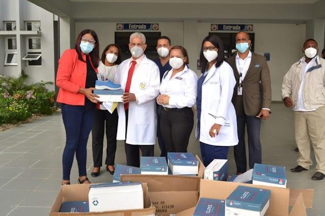 Hospital Vinicio Calventi recibe donación de Zapatos