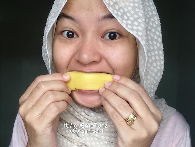 petua gigi putih hilang parut guna kulit pisang _ ema tunz _ lubuk seni _ 03