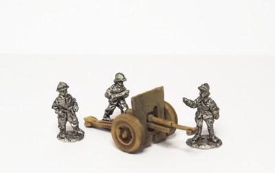 POL17   wz.97 75mm field gun, pneumatic wheels, with crew