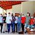 NOVO HORIZONTE-BA: PREFEITO DJALMA RECEBE OS DEPUTADOS CLÁUDIO CAJADO E LUCIANO SIMÕES PARA UM CAFE ANTES DA ENTREGA DA PRAÇA