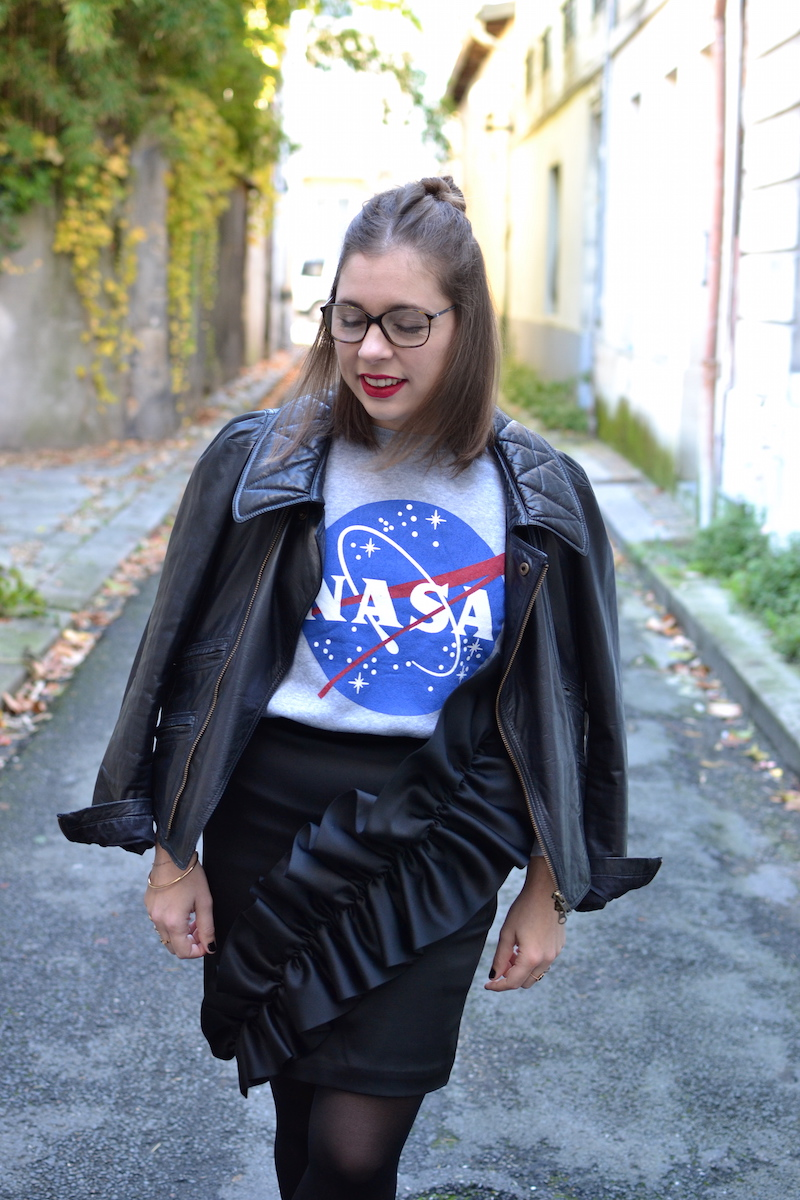 pull NASA smmydress,jupe noire à froufrous & other stories, perfecto Isabel Marant