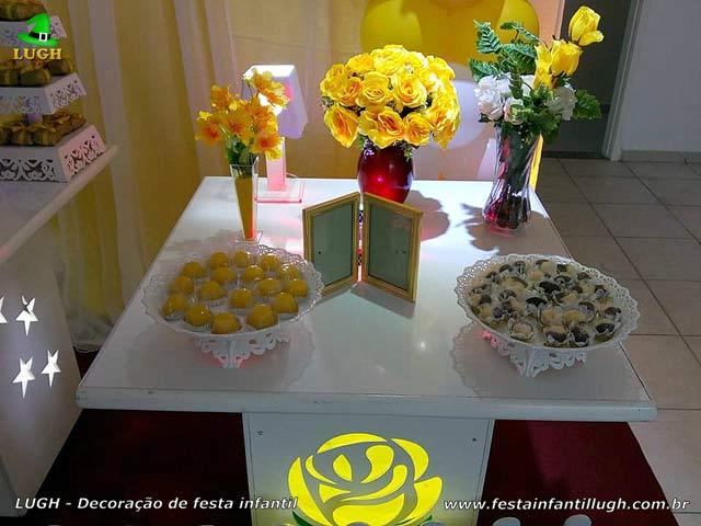Decoração Primavera com Rosas Amarelas - Festa de aniversário feminino - Provençal