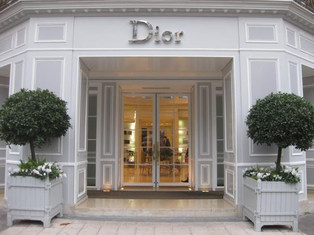 Loja Christian Dior na Champs-Élysées