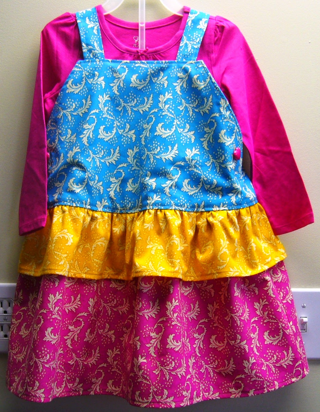 See & Sew Dress for an Operation Christmas Child shoebox.