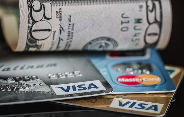 credit card special offers risks rewards interest rate apr