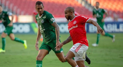 Goiás perde para o Internacional e segue na zona de rebaixamento