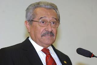 Senador José Maranhão é transferido para hospital em São Paulo para tratamento da Covid-19