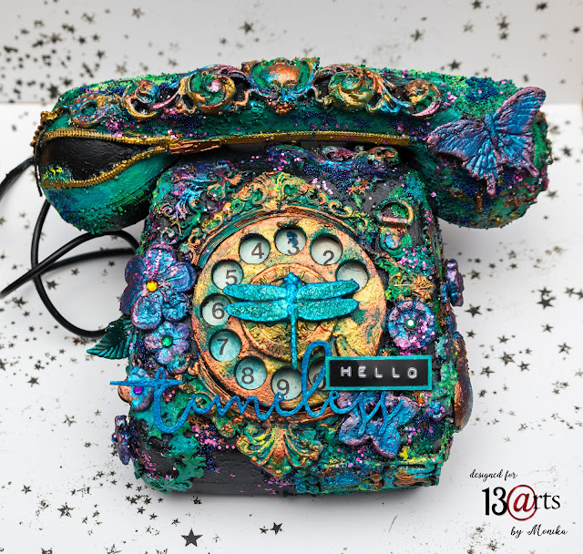 Telefon altered art/ Vintage telephone
