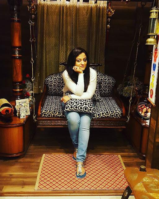 Rupsha Chakraborty Siting