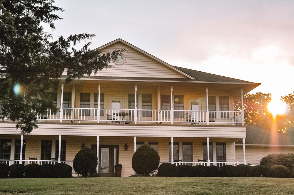 Shiloh Morning Inn in Ardmore, Oklahoma is an amazing bed and breakfast!