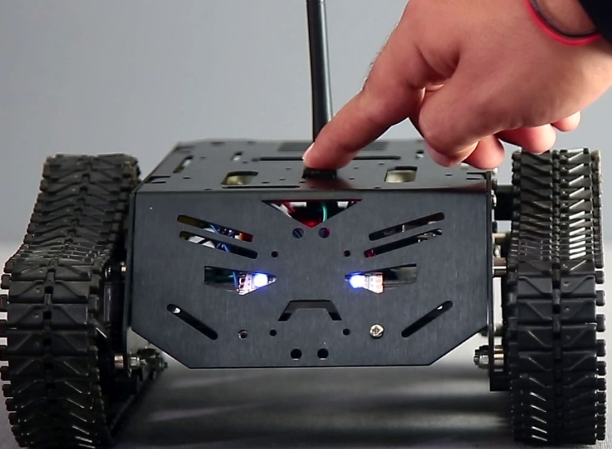 How to make DIY Arduino Gesture Control Robot at Home