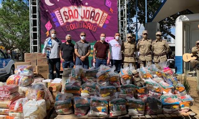 Drive thru solidário arrecada 10 toneladas de alimentos em Vitória da Conquista