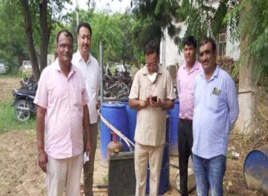 सीएम फ्लाइंग ने गांव भिरडाना में मारा छापा, शराब की चलती भट्टी की बरामद