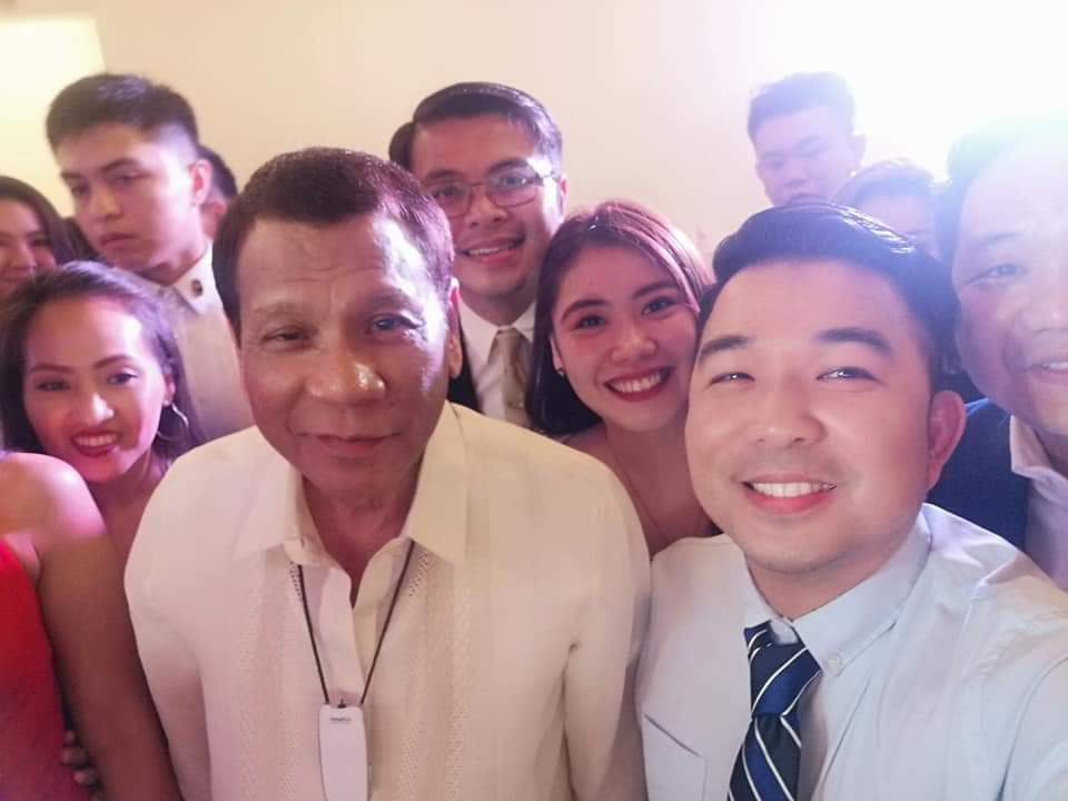 Duterte mingles with the other guests at the wedding