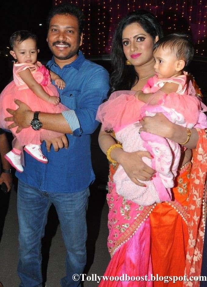 Anchor Udaya Bhanu At Zee Telugu Apsara Awards 2017 In Red Dress