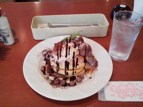 バースデーパンケーキ¥0-2 デニーズ岐阜加納店