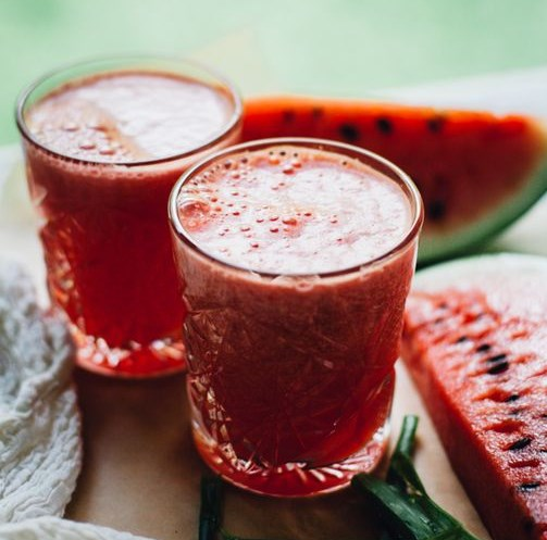 Watermelon Coconut Aloe Juice aka How to Rehydrate Like a Goddess #drinks #summer