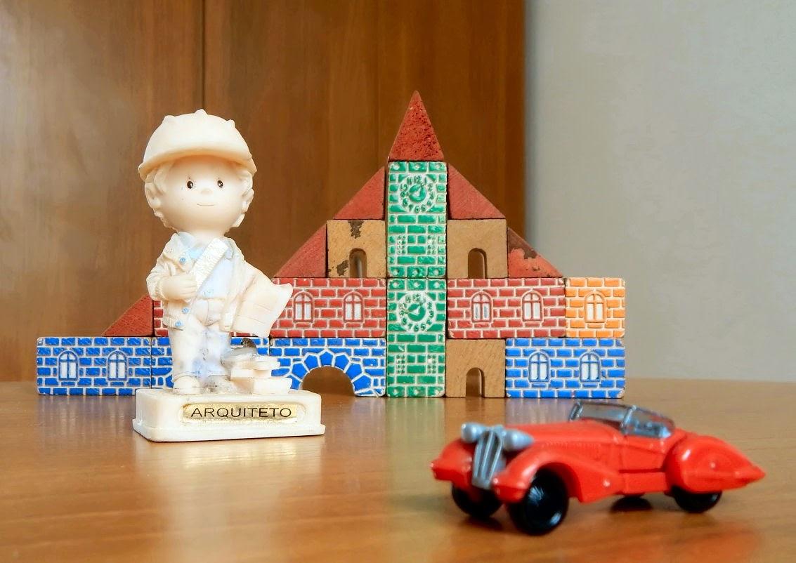 O pequeno arquiteto: é na tenra idade que se aprende a gostar de um ofício.