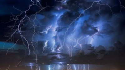 Horror As Lightning Strikes Two Dead, Two Others Narrowly Escape