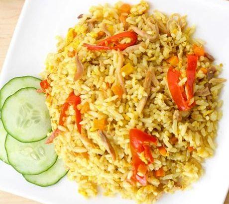 Membuat Nasi Goreng Kunyit Kencur Yang Lezat Untuk Sarapan Pagi Ini