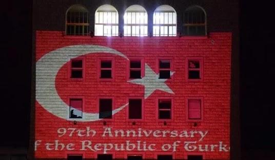 Οργή στην Αλβανία: «Ο Ράμα παρέδωσε την χώρα στην Τουρκία»!