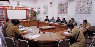 Komisi II DPRD Kota Cirebon Awasi Proyek Gedung Disdukcapil