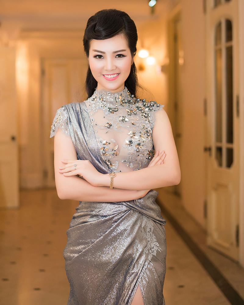 cewek manis dan seksi Vietnam Nguyen Thuy Lam