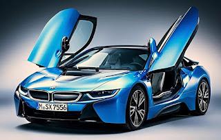 auto azul con silicona corquifa