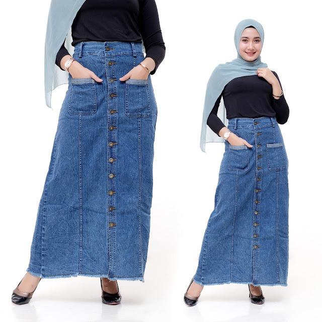 Jeans Skirt Pockets Details