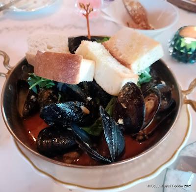 1417 Austin mussels