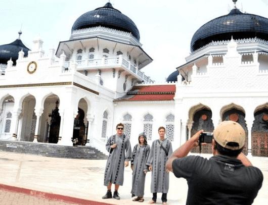 Kemenpar dan MUI Akan Kembangkan Wisata Halal Indonesia